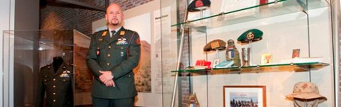 15-03-2012 | Aanwinstenvitrine Marco Kroon feestelijk geopend