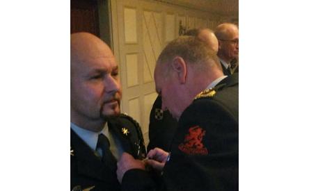 06-12-2017 | Marco Kroon ontvangt Officierskruis