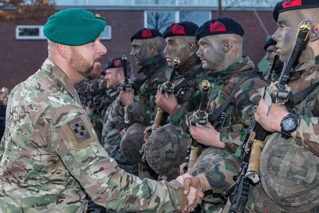 2018-11-23|Baretuitreiking Korps Mariniers
