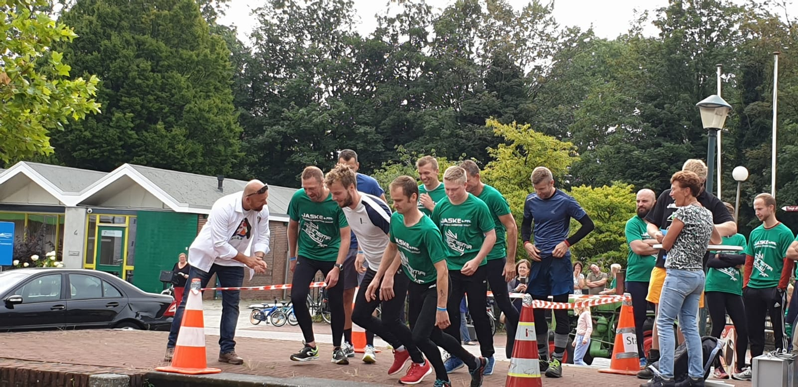 2019-08-17 | Marco Kroon geeft startschot voor Survival Run in Wergea